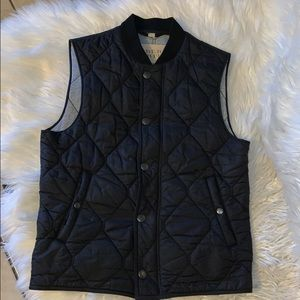Burberry quilted men's vest sz small euc